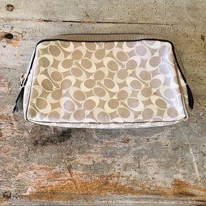 ♥️ Coach ♥️ Gray & Cream Makeup Bag